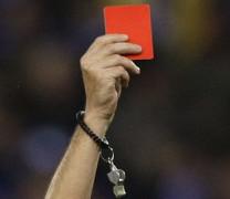 Ужас! Дрогирани футболисти пребиха до смърт съдията по време на мач!