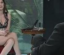 """Сръбският премиер иска наказание за """"журналистката"""", която го интервюира по пу*ка! (видео +18)"""