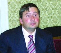 """Как Иво Прокопиев прикри счетоводна далавера за милиони в завод """"Каолин""""! Виж тук:"""