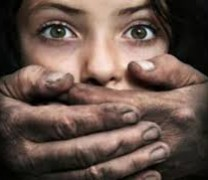 Кошмар! Изнасилиха 9 годишно момиче с четка за коса!