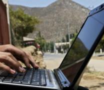 Деца се самоубиват заради заплахи в интернет
