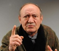 Стоянка Мутафова забърка грандиозен скандал: Спа ли Антон Радичев с Парцалев? ИНТЕРВЮ