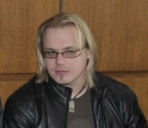 Максим Стависки се освини
