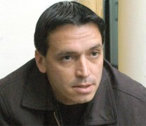 Топ журналистът Васил Иванов се бори за живота си