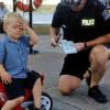 Невероятно! Тригодишен отнесе глоба за неправилно паркиране