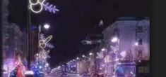 Софийските улици грейнаха с Весели Коледни… ПЕНИСИ! Кой и на кого ги показва? Виж Тук: