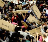 Дебилите – основната движеща сила на съвременния Капитализъм
