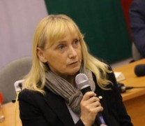 Елена Йончева пред Eureporter: Във всички държави има Корупция, но България е превърната в Държава на Мафията!