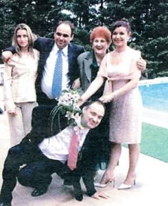 Мирчо Петков-правия-на сватбата на бившия си съдружник-Андрей Смирнов-клекналия!