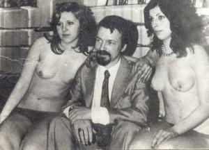 Като изпечен любовчия, Доган винаги се е заобикалял с много жени и на нито една не е останал верен!