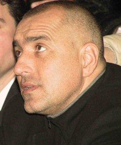 Бойко твърди, че по негово време, не е имало мутри-агенти