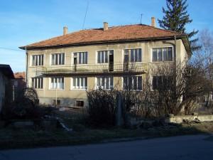 Домът за стари хора в Нова Загора е в окаяно състояние!