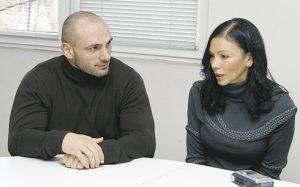 45-годишната Юлиана се готви да ражда на с 16 години по-младия от нея Станислав!