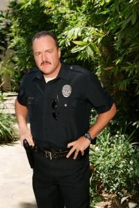 Дори полицаите не са застраховани от вампирски нападения!