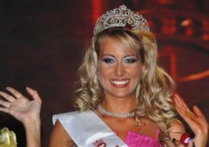 Само Антония Петрова отказвала съблазнителните оферти за платен секс!