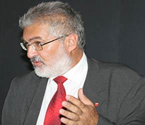 Илия Божинов