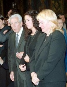 Опечаленото семейство на Грашнов