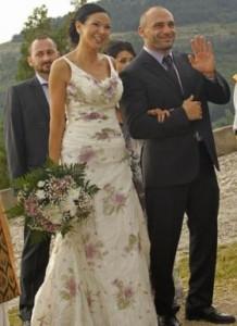 Юлиана и Стъки вдигнаха пищна сватба на хълма Царевец
