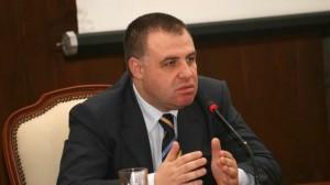 Министър Найденов проверява скандалния случай във ведомството си