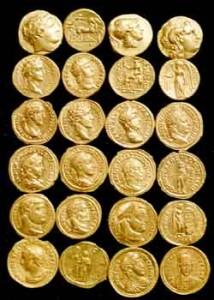 Още на 15- години Желязко се запалва по старите монети