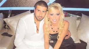 Денислав и Славена се радват на връзката си въпреки агресивните изблици на бившата му