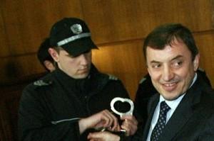 Трактора изпълнява заповеди на Първанов