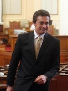 Баташов беше депутат от 40- то НС