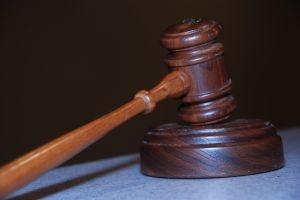 Държавата разпродава имотите преди съдебното решение