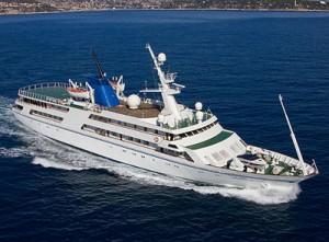 Яхтите обикновено се водят фирмена собственост