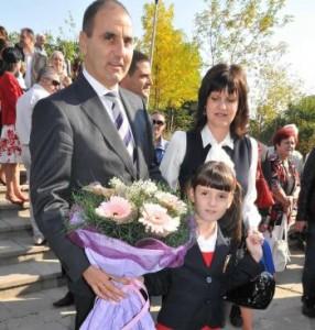 Приоритетът на Цветанов: да купи апартаменти за трите си деца