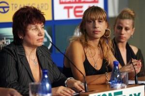 """Нина Хаджийска от фондация """"Утре за всеки"""" не върна парите на Бончеви"""