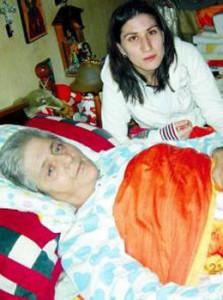 Деси, дъщерята на Вера, се грижеше за болната пророчица