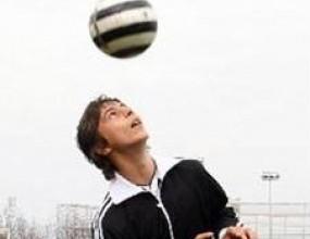 Въпреки таланта си, неконтролируемия Пол няма да стане футболист, убедени са треньорите му