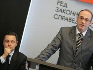 Атанас Семов последва Яне и също подаде оставка