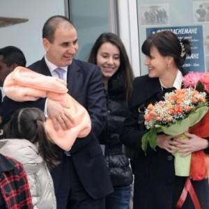 Цветанов изчисти имиджа си с новородената си дъщеря