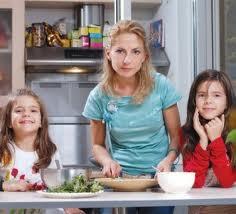 Водещата и дъщерите й