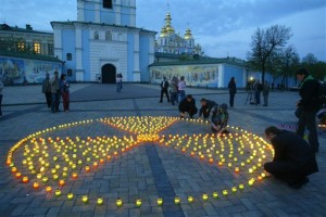 Светът чества 25 години от катастрофата в Чернобил