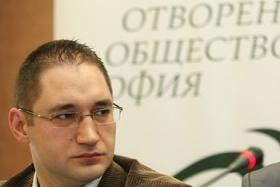 """Георги Ангелов: Борисов и """"Лукойл"""" направиха дъмпинг в цената на горивата"""