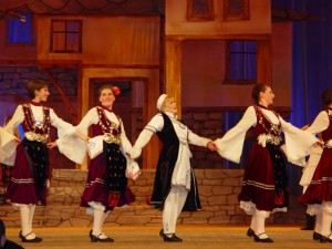 Николина и танцьорите й