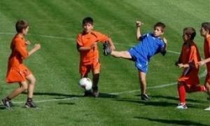 Деца футболисти