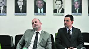 """Лъчезар Варнаджиев (ляво) е новият собственик на """"Кремиковци"""""""
