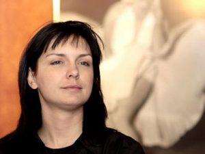 Жени Калканджиева фалира