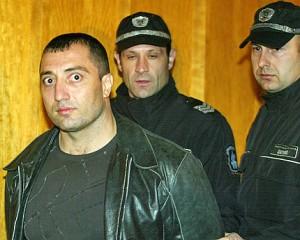 Ще опазят ли полицаите освободения Кушлев от гнева на Митьо Очите