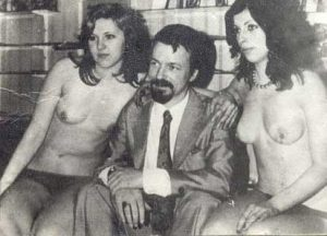 Ахмед Доган винаги си е падал по марков алкохол и красиви жени
