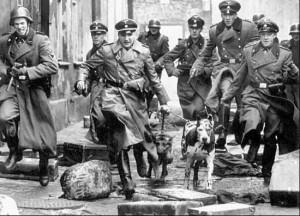 говорещи кучета нацисти
