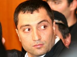 Димитър Желязков се закани да смачка Жоро Главата