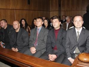Подсъдимите полицаи за смъртта на Чората