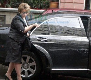Синът на Емилия Масларова имал бизнес с Таки и Къра