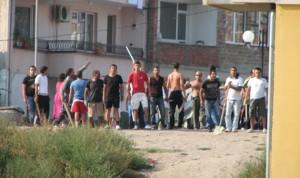 """Възстаналите роми от пловдивския кв. """"Столипиново"""""""