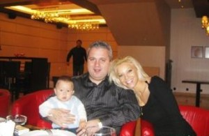Коко Динев, Емилия и сина им